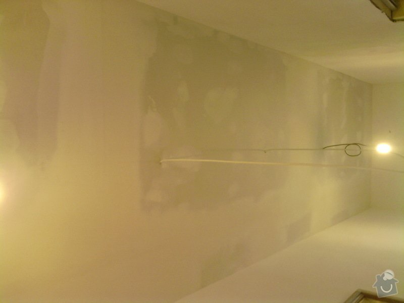 Obkladačské, sádrokartonářské a škutatérské práce (koupelna, komora): P011110_11.57__03_