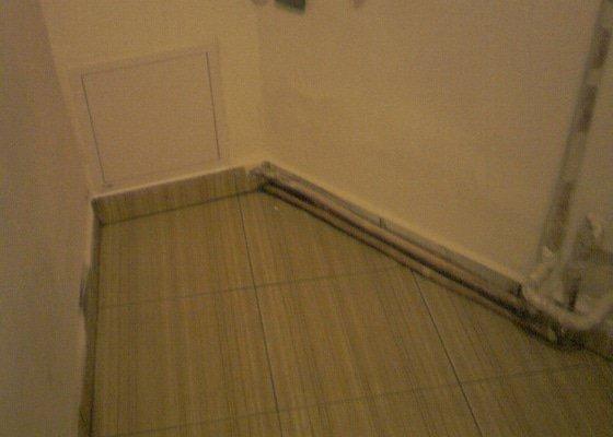 Obkladačské, sádrokartonářské a škutatérské práce (koupelna, komora)