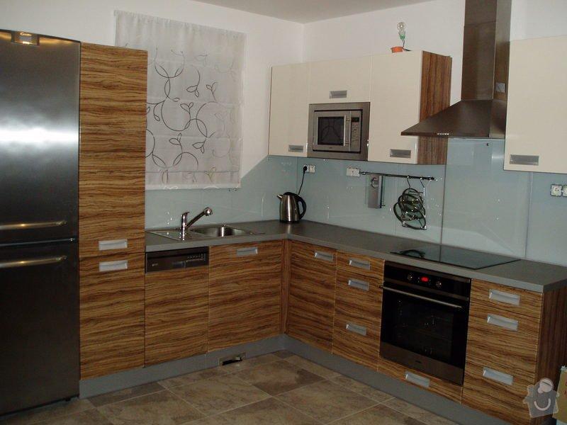 Kuchyňská linka: PB140001