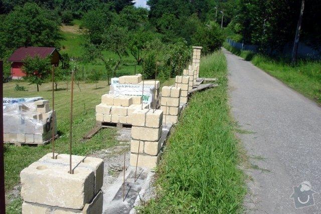 Stavba plotu z crash blocků: plot_3