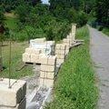 Stavba plotu z crash blocku plot 3