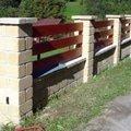 Stavba plotu z crash blocku plot 5