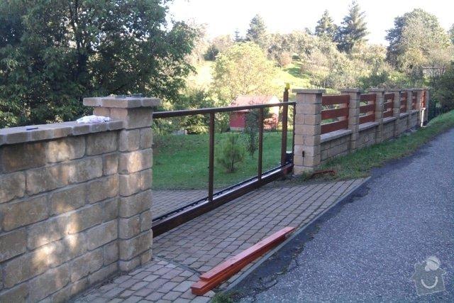 Stavba plotu z crash blocků: plot_6