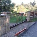 Stavba plotu z crash blocku plot 6