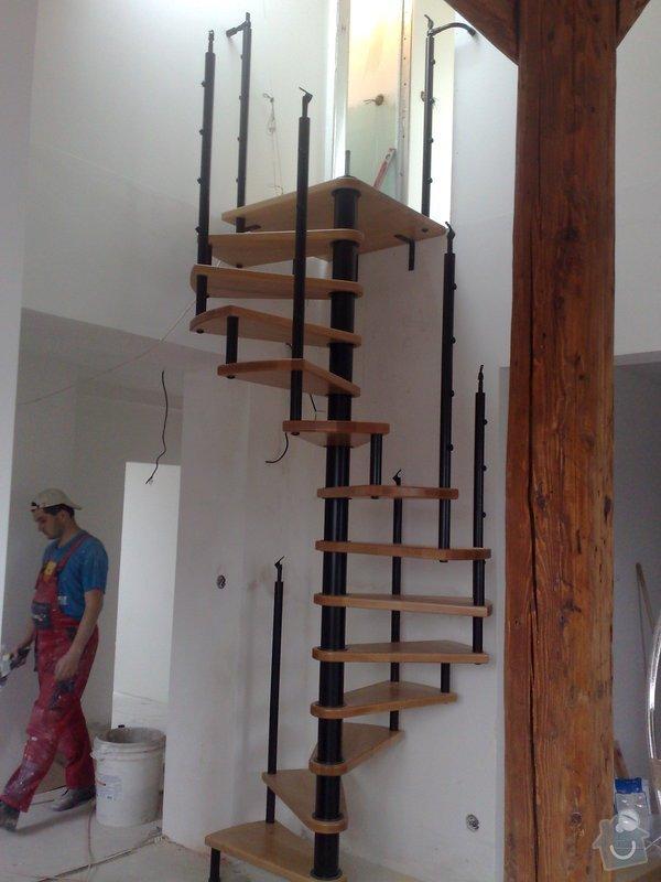 Rekonstrukce bytu - půdní vestavba: 010620103291