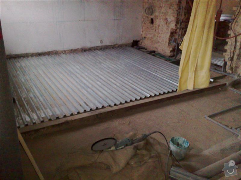 Rekonstrukce bytu - půdní vestavba: 160320102390_Medium_