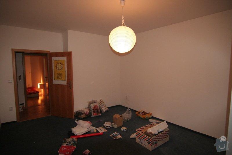 Podesta na spaní - sádrokartonové podhledy: 2-rovny-podhled-pred-rekonstrukci