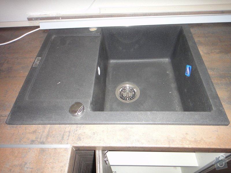 Instalatérské práce - připojení baterie, sifonu, myčky, vyčištění odpadu záchodu: k2