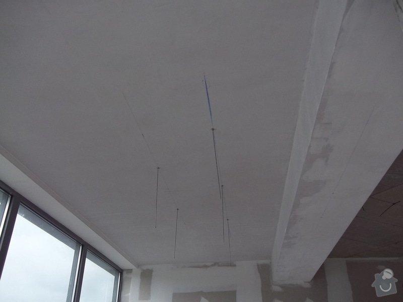 Kruhové podhledy v kanceláři: 104_0735