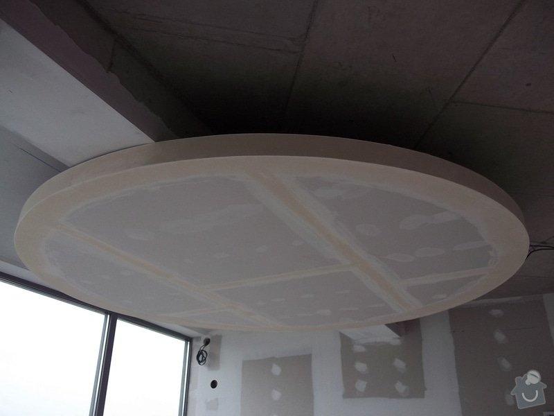 Kruhové podhledy v kanceláři: 104_0746