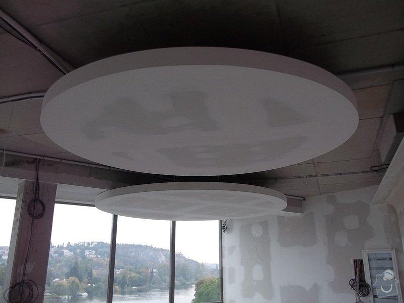 Kruhové podhledy v kanceláři: 104_0849