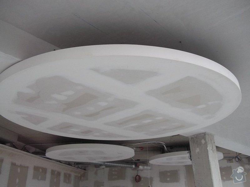 Kruhové podhledy v kanceláři: 104_0855
