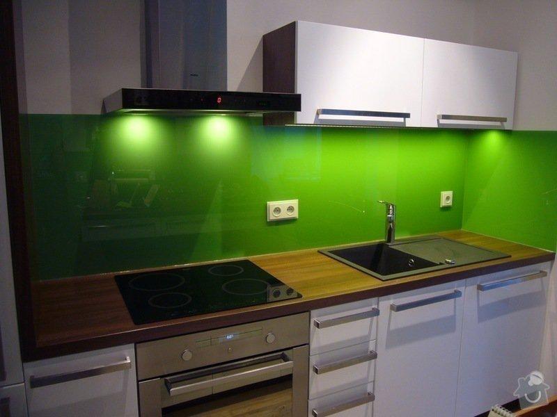 Skleněný obklad na záda kuchyně: P1140511