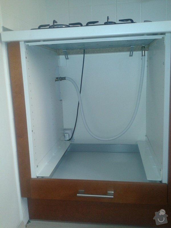 Predelavka vyvodu plynu + revize plynu, elektrina: 2011-10-30_12.02.02