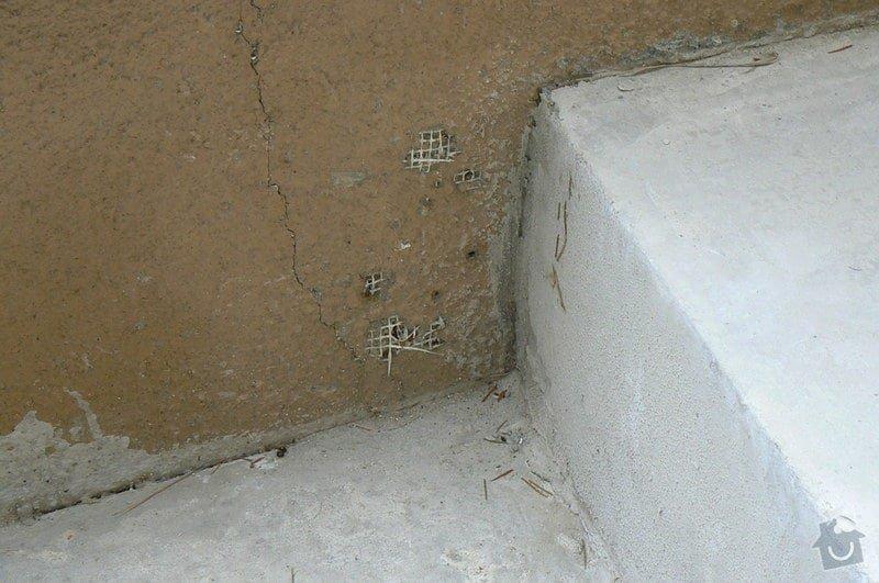 Oprava betonu u dvou venkovních vjezdů a schodiště: 2010_193