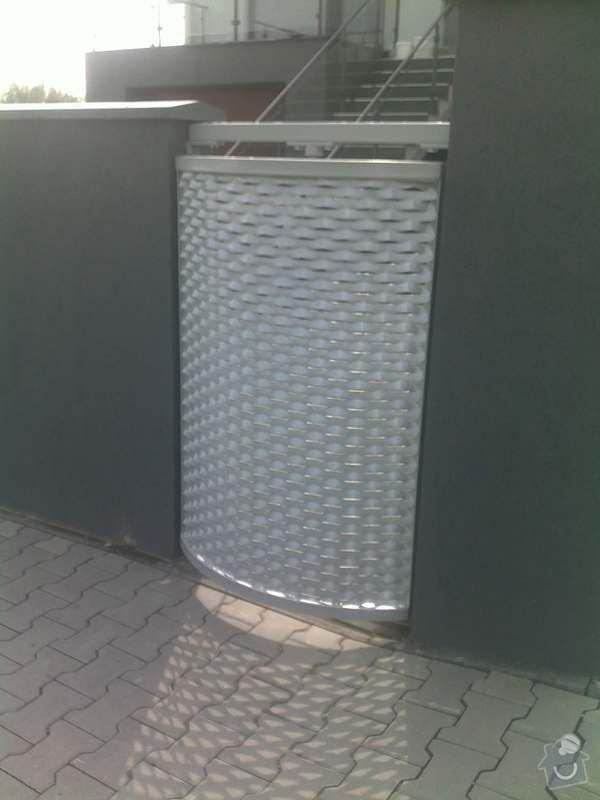 Nesené vjezdové brány, karusel na popelnici, vchodová branka, zábradlí zahradní terasy: 17082011659