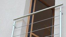 Nerezové zábradlí schodiště a Francouzského okna