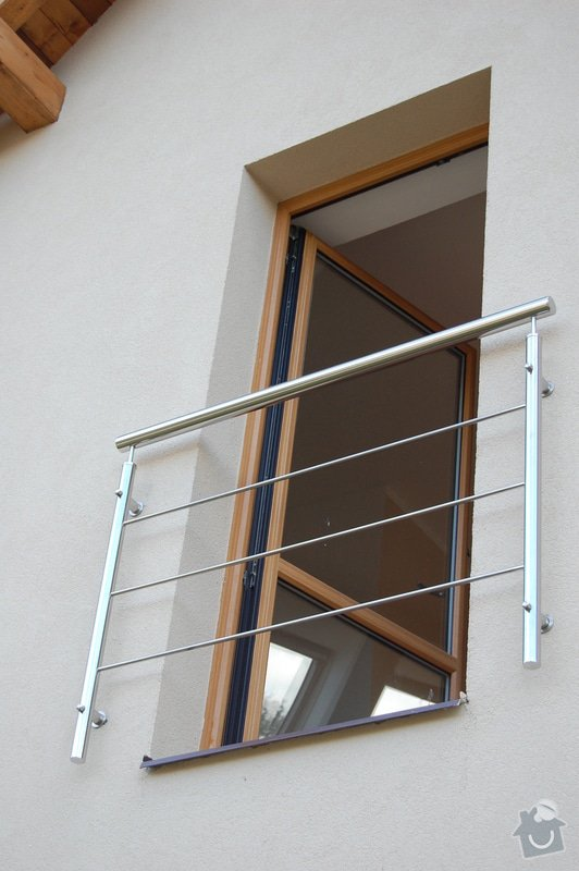 Nerezové zábradlí schodiště a Francouzského okna: DSC_5504