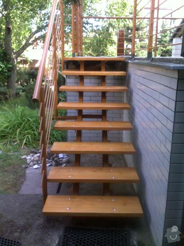 Rekonstrukce schodiště: 14072011615