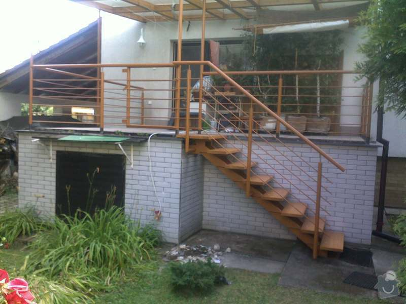 Rekonstrukce schodiště: 14072011616