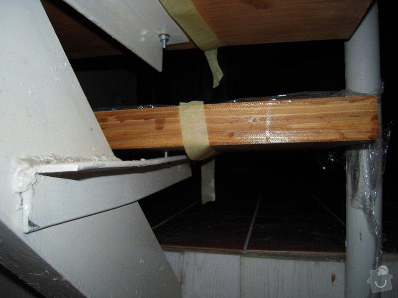 Rekonstrukce schodiště: DSCN1098