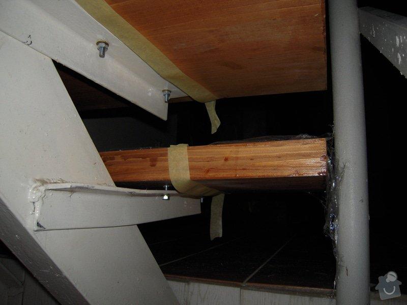 Rekonstrukce schodiště: DSCN1099