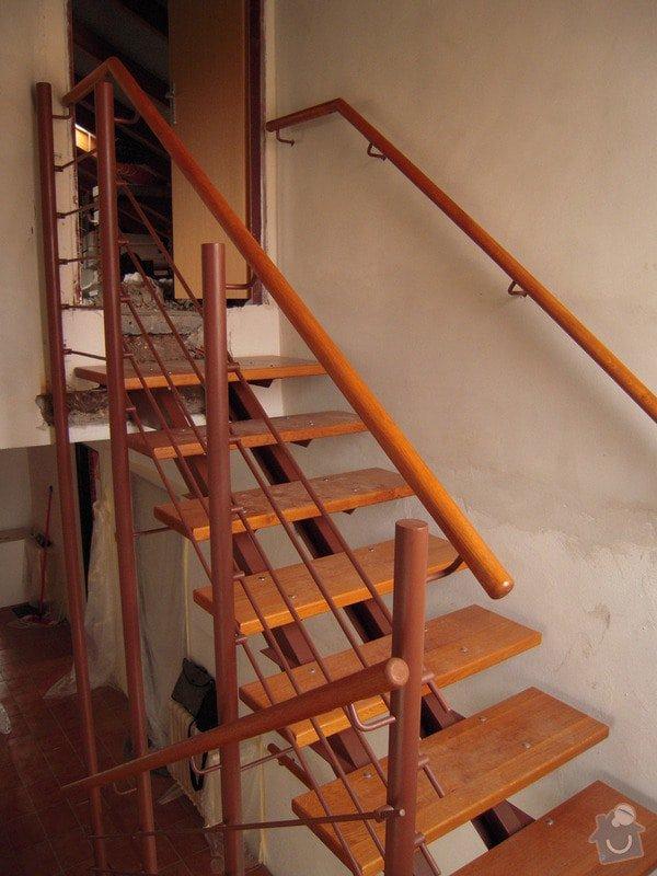 Rekonstrukce schodiště: DSCN1765