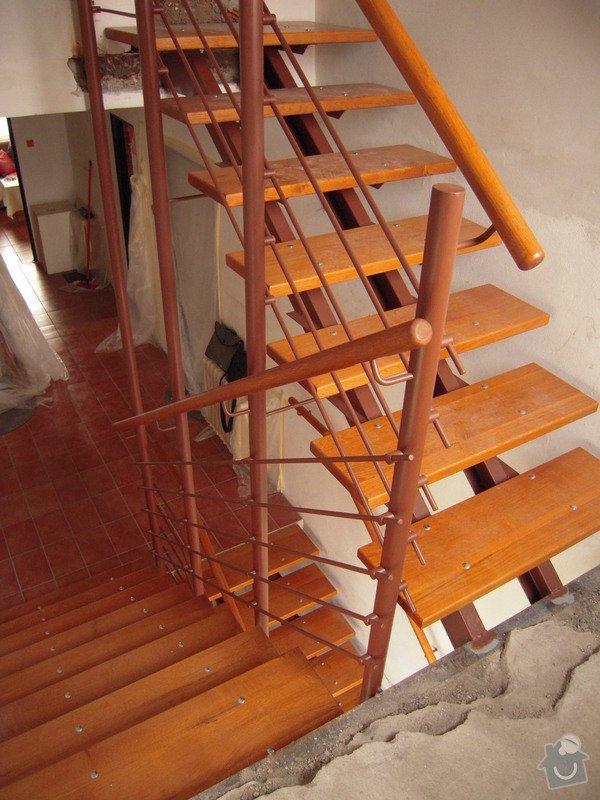 Rekonstrukce schodiště: DSCN1769