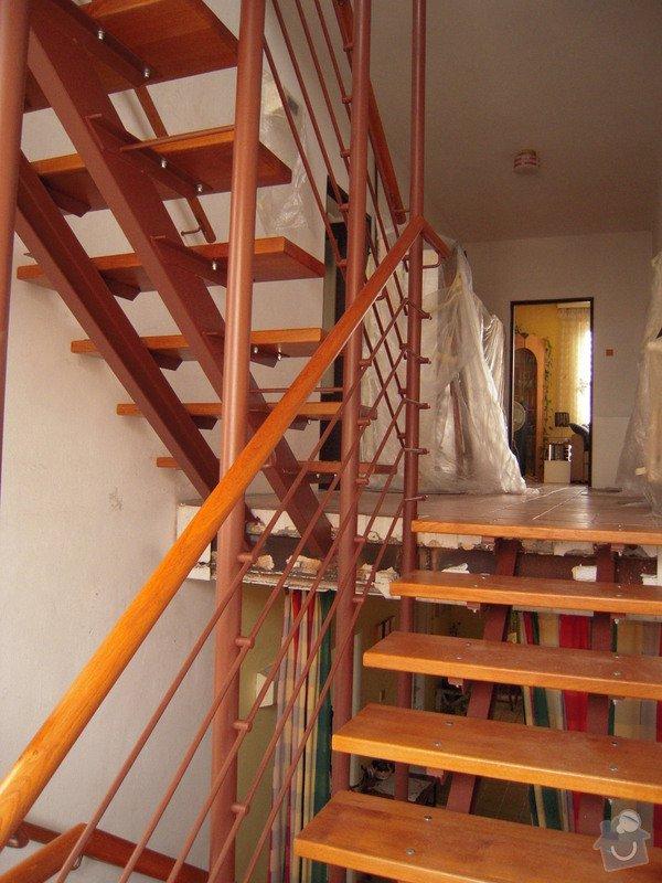 Rekonstrukce schodiště: DSCN1774
