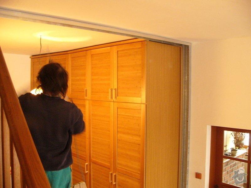 Sádrokartonové příčky a posuvné dveře: FIL1336