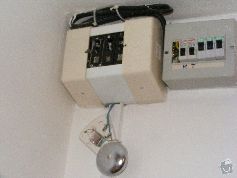 Výměna bytového rozvaděče a instalace zásuvky: DSCF4740