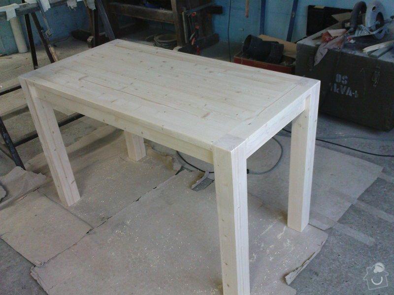 Jídelní stůl: DSC00028