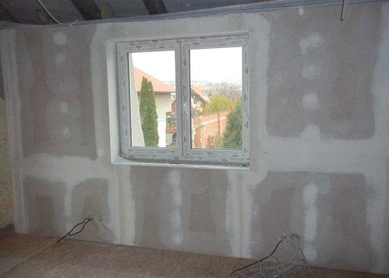 Zvednutí podlahy a zateplení stěny