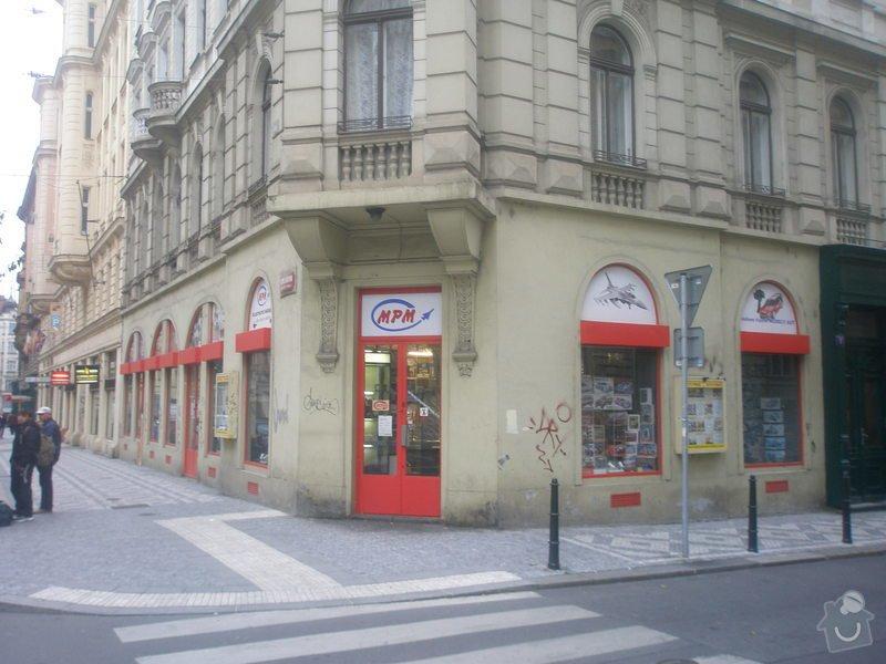 Nátěr fasády s vyspravením podkladu a nátěr výloh: P1010278