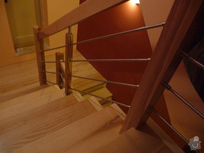Schody za zábradlí schodiště z Jasanu: P1050679