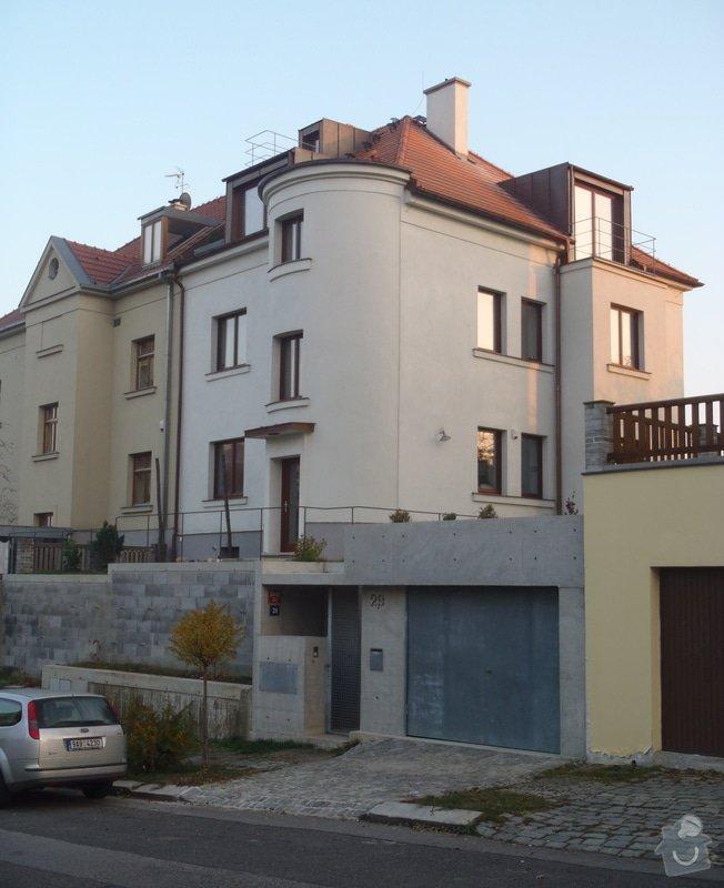 Rekonstrukce starého domu, stavba garáže: Malv1