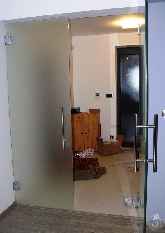 Skleněný sprchový kout + celoskleněné dveře + VIDEO: P1010184