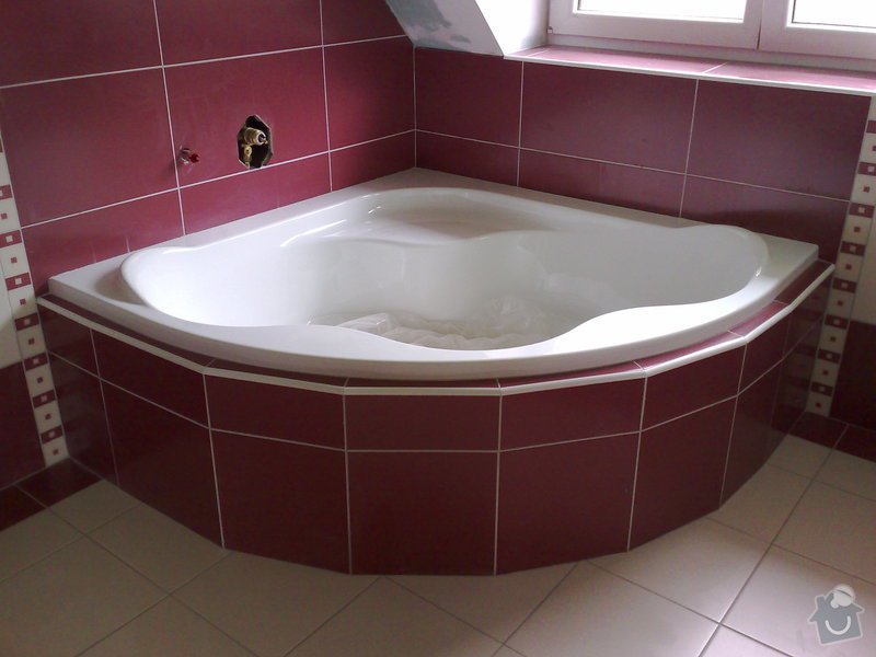 Obkládání koupelny v RD,zazdění vany a dlažba: 18092007196