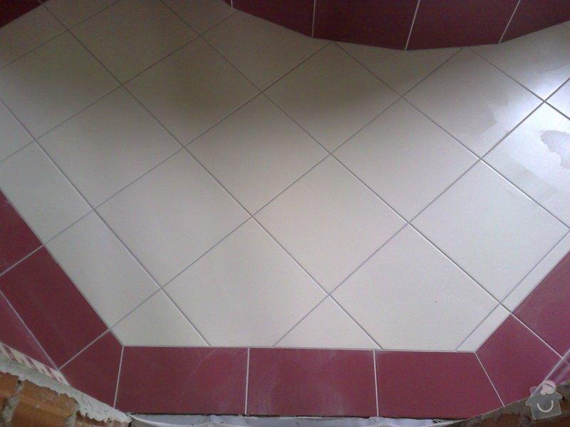 Obkládání koupelny v RD,zazdění vany a dlažba: 18092007201