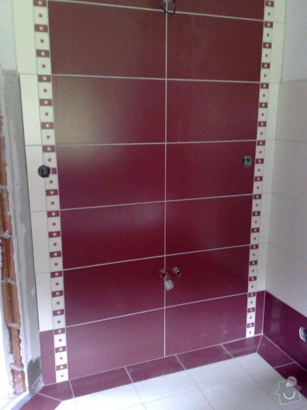 Obkládání koupelny v RD,zazdění vany a dlažba: 18092007202
