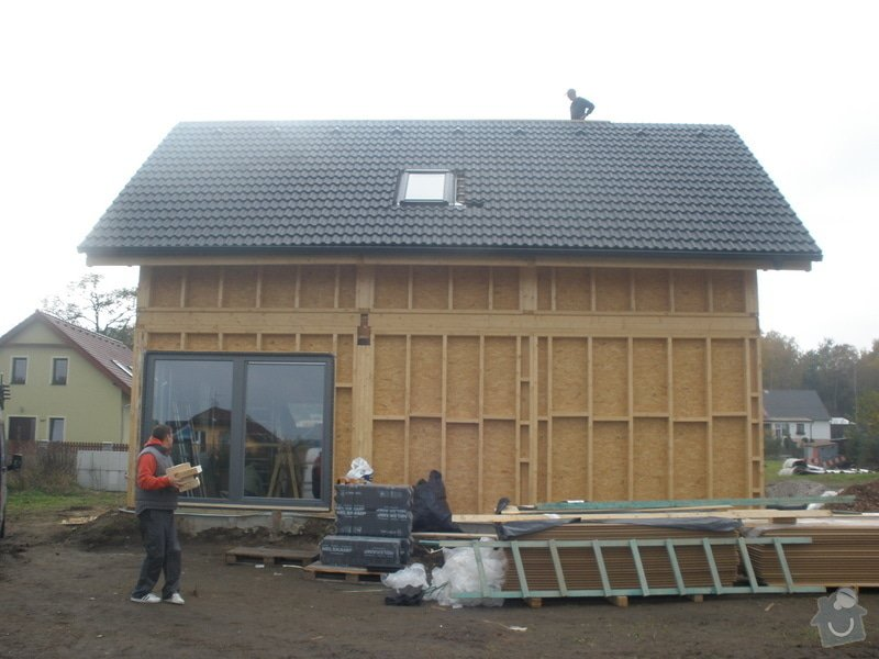 Dodávka a montáž - plastová okna v dřevostavbě: PA280412
