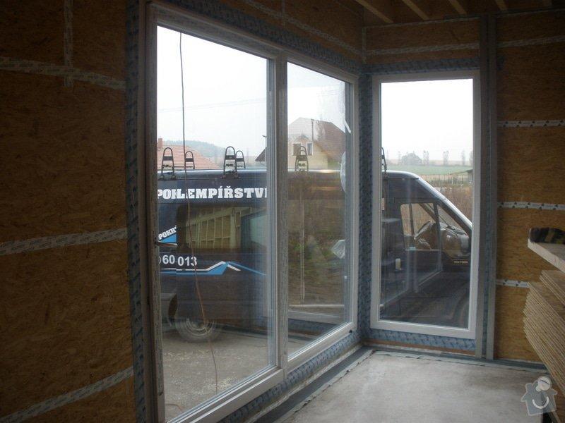 Dodávka a montáž - plastová okna v dřevostavbě: PA280388