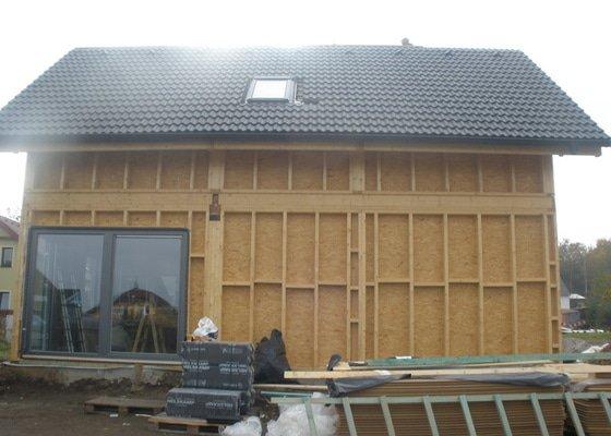 Dodávka a montáž - plastová okna v dřevostavbě