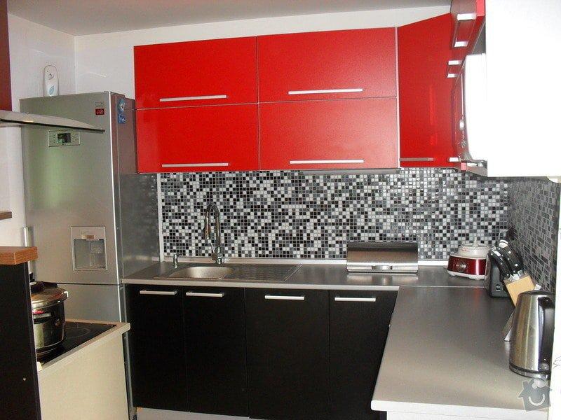 Kuchyně: SDC11572