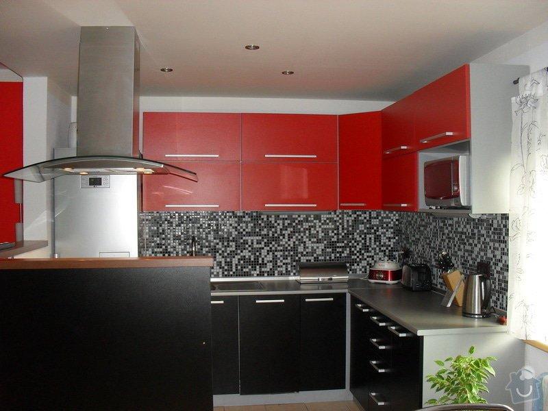 Kuchyně: SDC11573