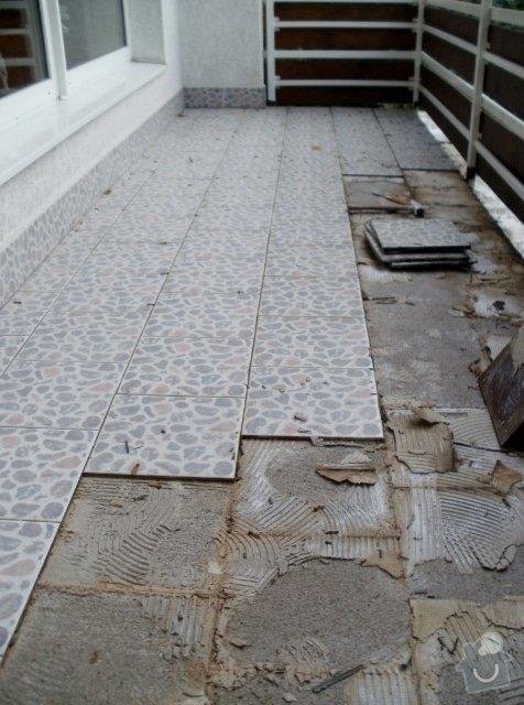 Rekonstrukce dlažby na terase. Odstranění staré dlažby, srovnání, hydroizolační stěrka a pokládka nové dlažby.: PA290222_476x640_476x640_