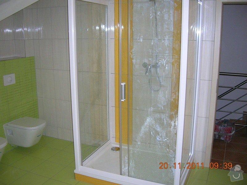 Obložení koupelny: DSCN4203