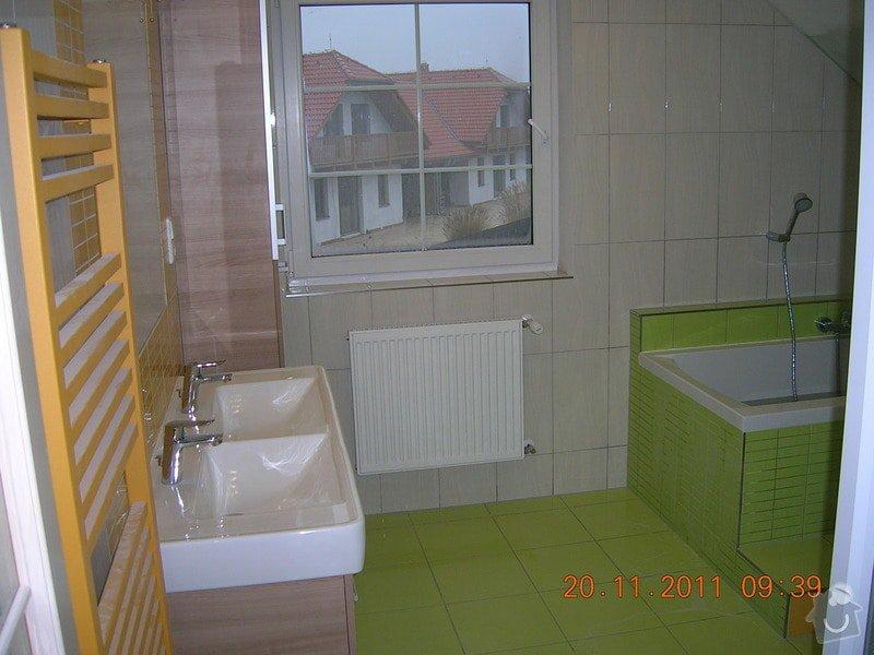 Obložení koupelny: DSCN4204