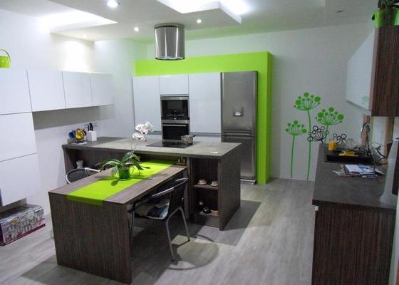 Návrh a zhotovení kuchyňské linky, dodání včetně spotřebičů