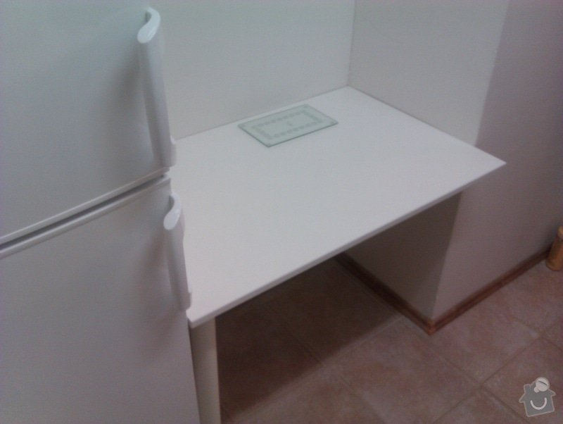 Výroba stolu a montáž: IMAG0210